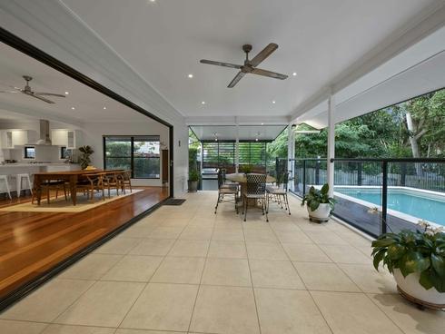 8 Brisbane Corso Fairfield, QLD 4103