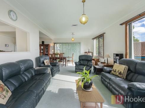 16 Croft Road Eleebana, NSW 2282