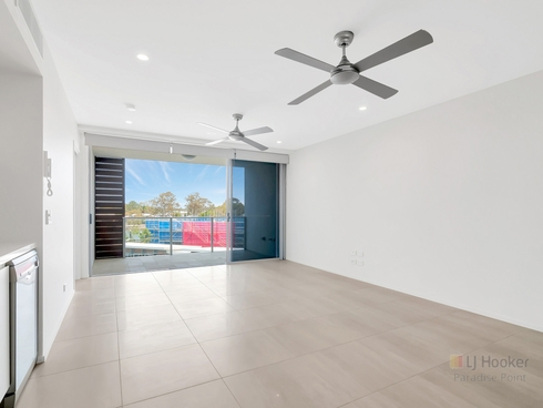 27/93 Sheehan Avenue Hope Island, QLD 4212
