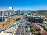 4/576 Kingsford Smith Drive Hamilton, QLD 4007
