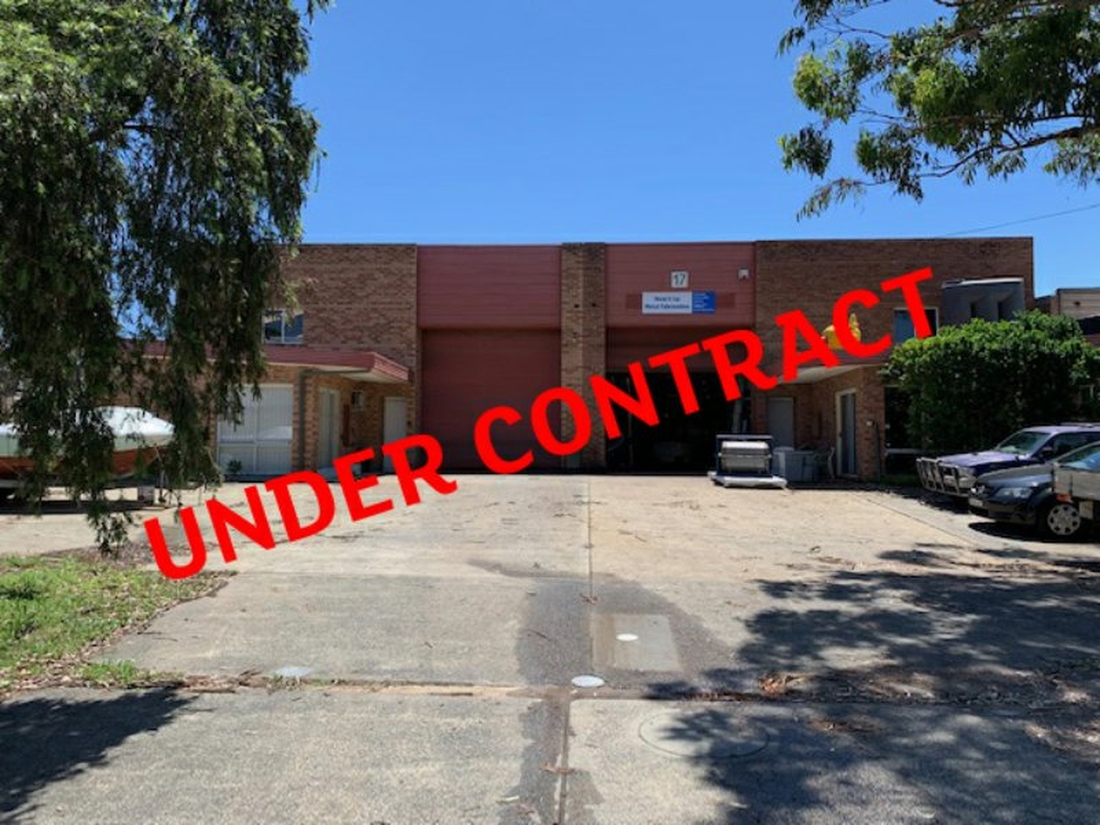 15 - 17 Wollong Street North Gosford, NSW 2250