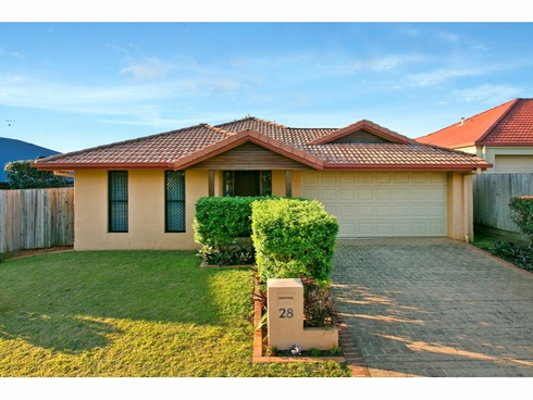 28 Spinnaker Circuit Redland Bay, QLD 4165