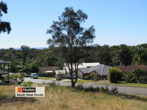 7 Dolphin Crescent South West Rocks, NSW 2431