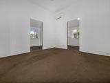 10 Eden Street Gladstone Central, QLD 4680