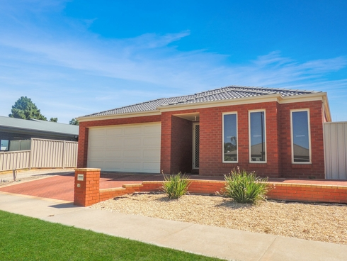 28 Boree Drive Swan Hill, VIC 3585