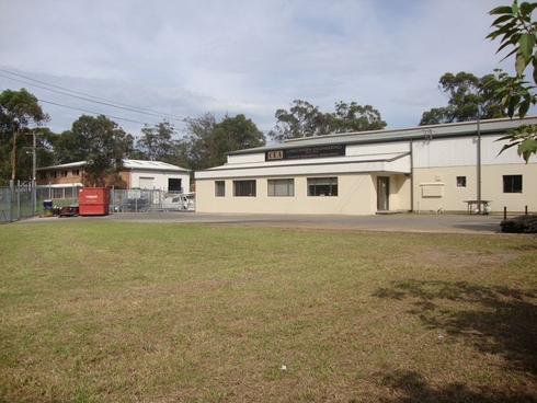 2 Newbridge Road Berkeley Vale, NSW 2261