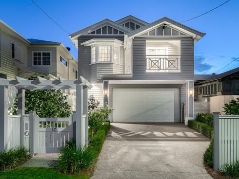 17 Twelfth Avenue Kedron, QLD 4031
