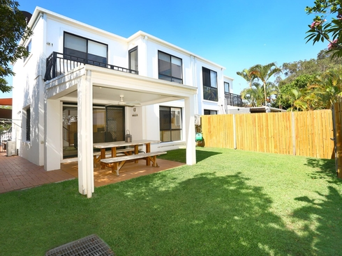 10/15 Esther Place Surfers Paradise, QLD 4217