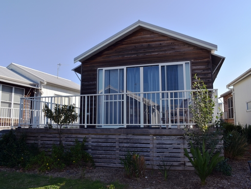 47 Seaside Circuit Caves Beach, NSW 2281
