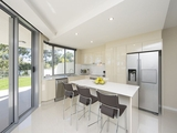 10 Wyndham Avenue Boyne Island, QLD 4680