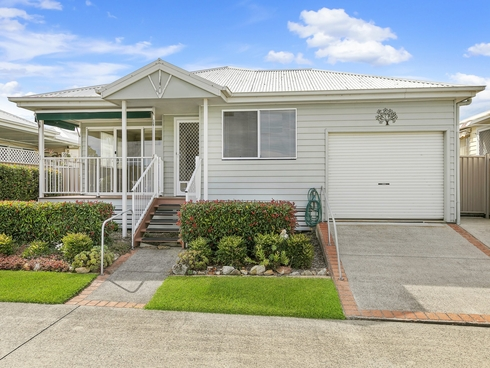 102/2 Saliena Avenue Lake Munmorah, NSW 2259