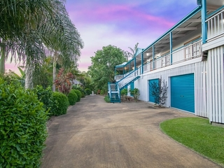 70 Stanaway Place Bellbowrie, QLD 4070