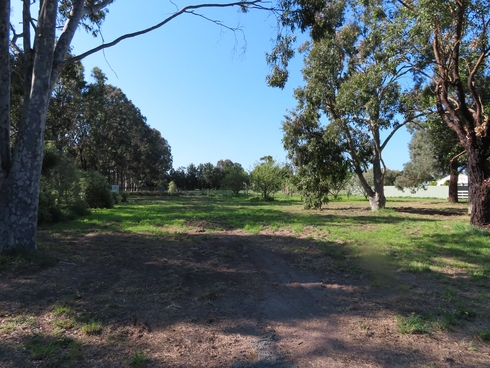 Lot 1/21 Ashton Court Rosedale, VIC 3847
