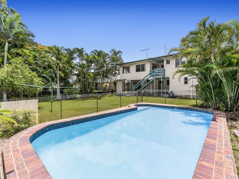 14 Joachim Street Holland Park West, QLD 4121
