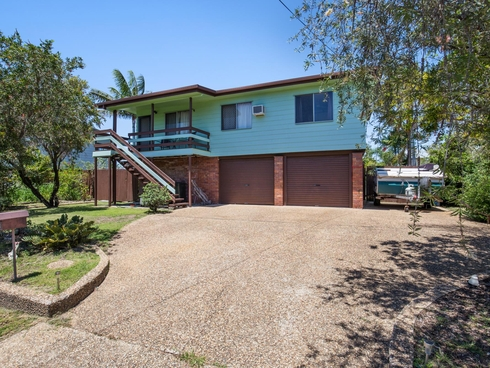330 Farm Street Norman Gardens, QLD 4701