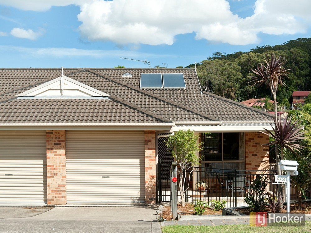 2/8 Charthouse Avenue Corlette, NSW 2315
