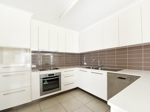Unit 4/26 Pangarinda Place Mooloolaba, QLD 4557