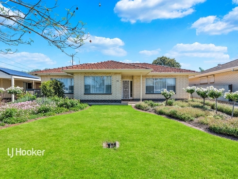10 Robert Arnold Avenue Valley View, SA 5093