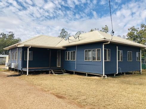 6-8 Landsborough Street Wallumbilla, QLD 4428