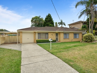 32 Debra Anne Drive Bateau Bay , NSW, 2261