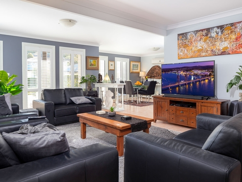 7A Angophora Place Catalina, NSW 2536