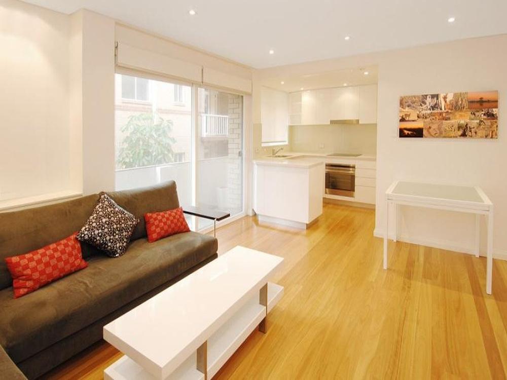 2/130 Curlewis Street Bondi, NSW 2026