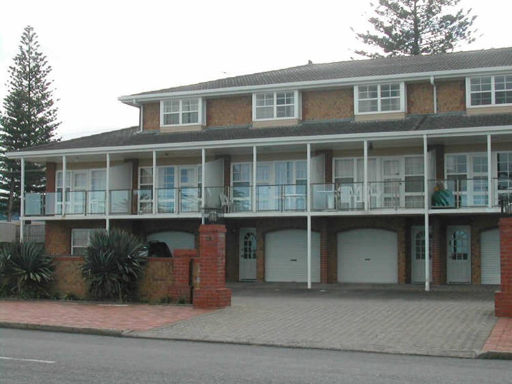3/22 Esplanade Victor Harbor, SA 5211