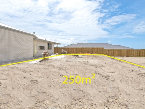 8 Feathertail Street Bahrs Scrub, QLD 4207
