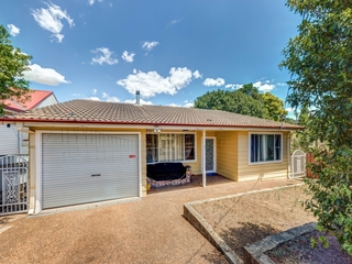 70 Gillies Street Rutherford , NSW, 2320