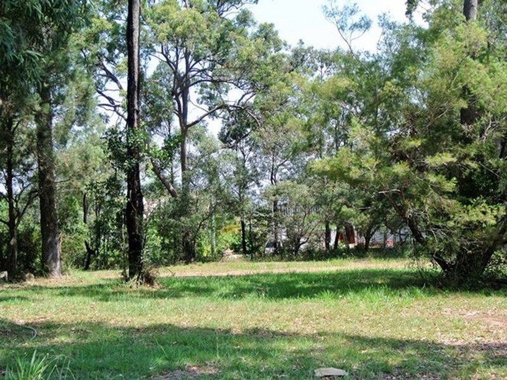 5 Cotton Tree Avenue Macleay Island, QLD 4184