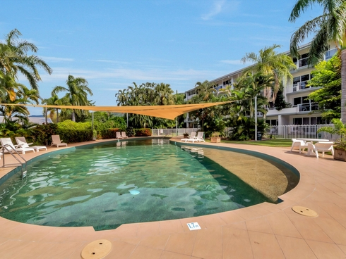 Apartment 102/305-341 Coral Coast Drive Palm Cove, QLD 4879