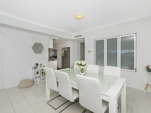 206/3 Compass Drive Biggera Waters, QLD 4216