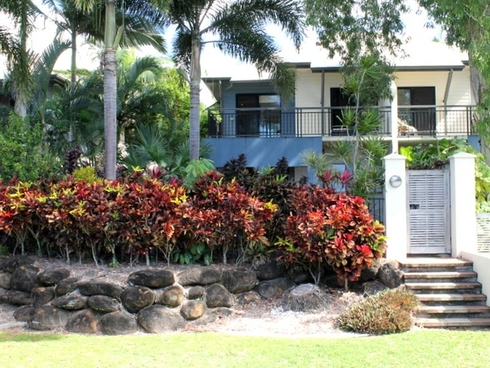 8/5-7 Arlington Esp Clifton Beach, QLD 4879