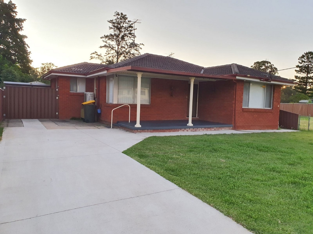 64 Crawford Road Doonside, NSW 2767