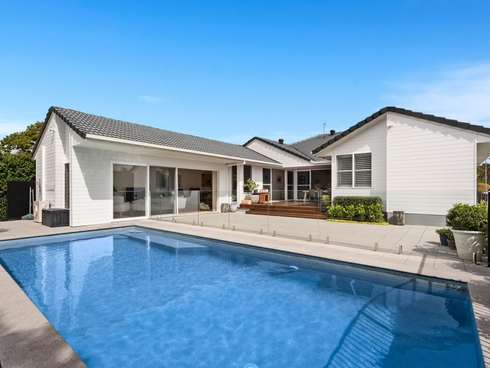 13 Elsemore Court Carrara, QLD 4211