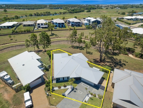 10 Sweetwater Court Ashfield, QLD 4670