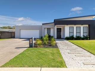 11 Hedley Way Broulee , NSW, 2537