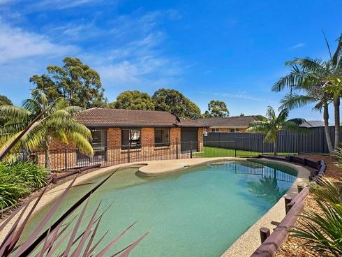 180 Cresthaven Avenue Bateau Bay, NSW 2261