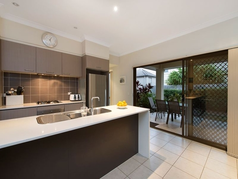7 Somerset Drive Carseldine, QLD 4034