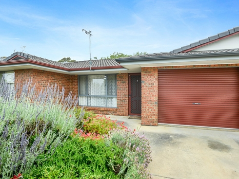 1/4 Davoren Court Victor Harbor, SA 5211