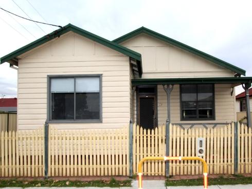 39 Valencia Street Mayfield, NSW 2304