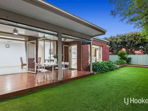 6 Sorrento Avenue Point Cook, VIC 3030
