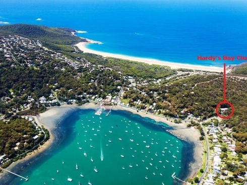 14 Heath Road Hardys Bay, NSW 2257