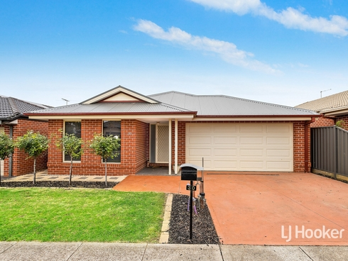 30 Heathcote Road Manor Lakes, VIC 3024
