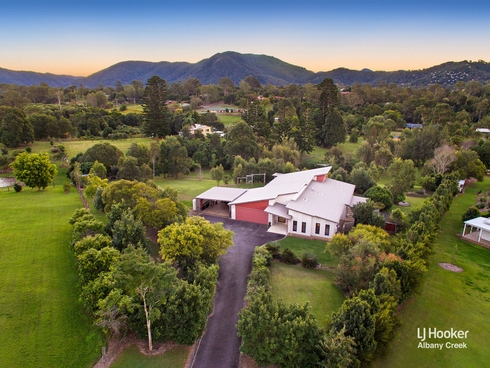5 Teatree Close Samford Valley, QLD 4520