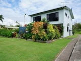 2/117 Taylor Street Tully Heads, QLD 4854